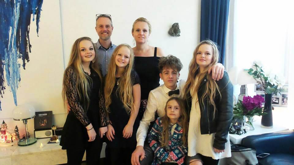 gezinsfoto familie Sekreve, kinderboekenschrijvers den haag
